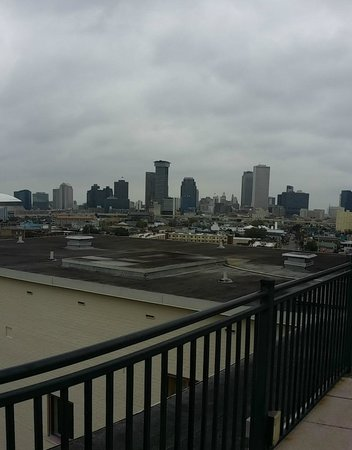 Avenue Plaza Resort: view from the roof top deck