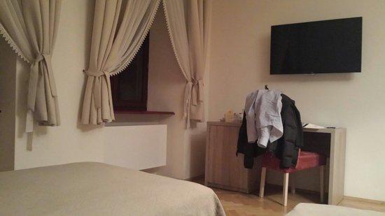 Hotel Santi: Stanza da letto