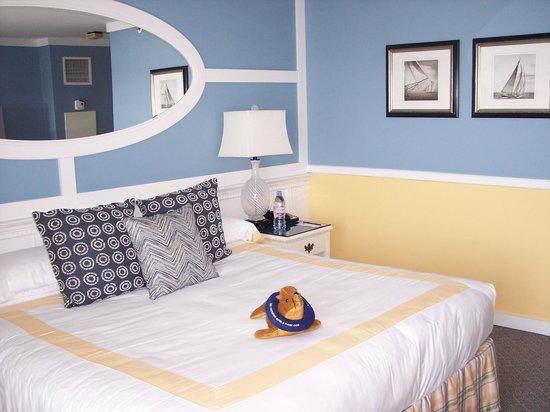 The Portofino Hotel & Marina, A Noble House Hotel : Room