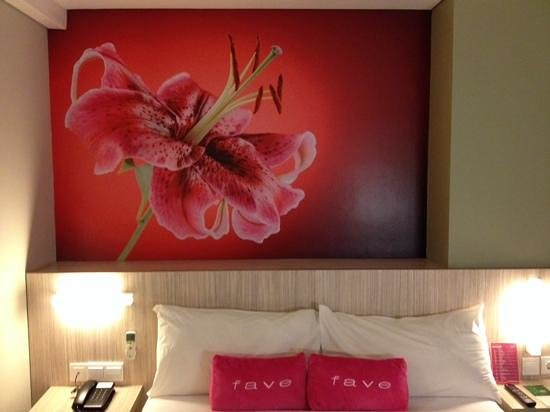 favehotel Wahid Hasyim: Our bedroom