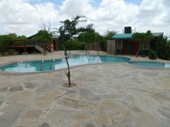 Sentrim Tsavo East: piscina