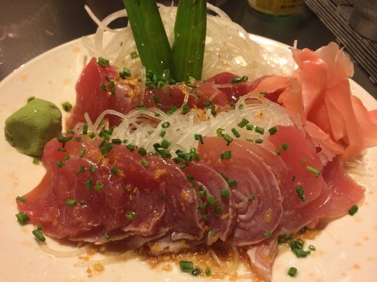 Carlito's: Wonderful sashimi