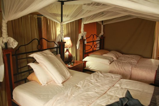 Sametu Camp: Tenda com duas Camas