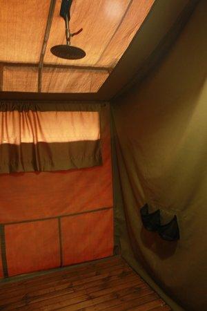 Sametu Camp: Chuveiro
