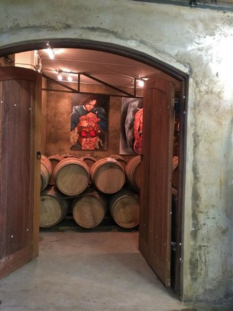 Leipzig Country House: The Cellar