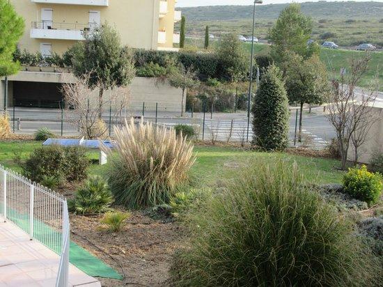 Appart'City Aix en Provence - La Duranne: JARDIN