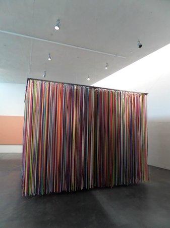Musée Kiasma d'art contemporain (Nykytaiteen Museo) : Нечто из раздела Kiasma Hits. Сюда надо войти и испытать настоящий детский восторг