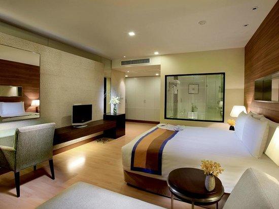 Grand Sukhumvit Hotel Bangkok Apartment With 3 Bedrooms