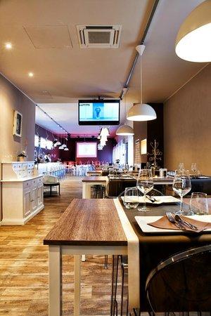 CIVICO 11 Food Lounge