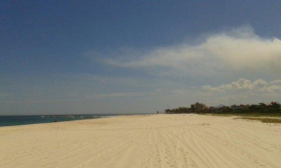Praia de Itauna: Praia Itauna
