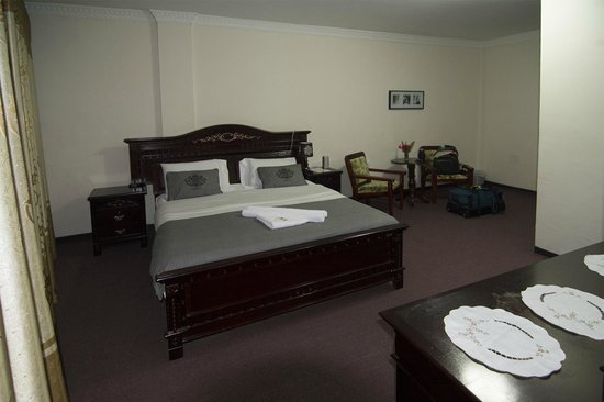 GT Guest House & Apartments: room
