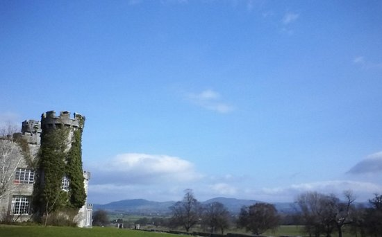 Warner Leisure Hotels Bodelwyddan Castle Historic Hotel: castle grounds