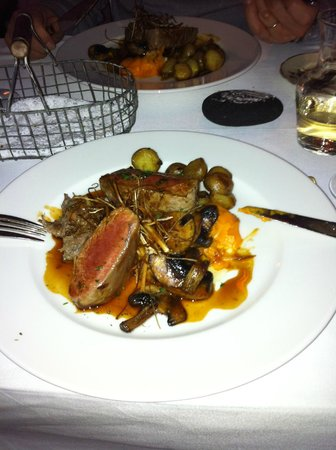 Hotel Budir: Hauptgang (Abendessen HP ) Lamm