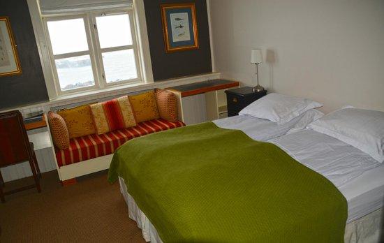 Hotel Budir: unser Zimmer - bequeme Betten