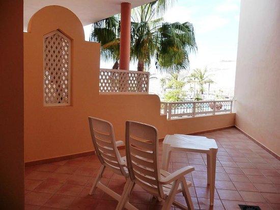 SENTIDO H10 Playa Esmeralda: Balkon