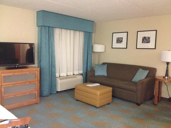 Hampton Inn & Suites St. Louis at Forest Park: Seating area