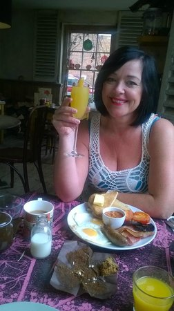 The Ship Inn: Angie with her complimentary Bucks Fizz!