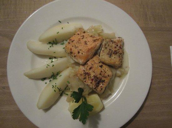 Weihenstephaner: Salmon and Potatoes