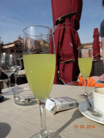 Antico Capon: Лимончелла на десерт