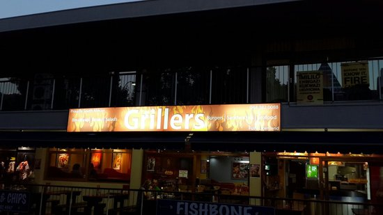 Grillers main road knysna