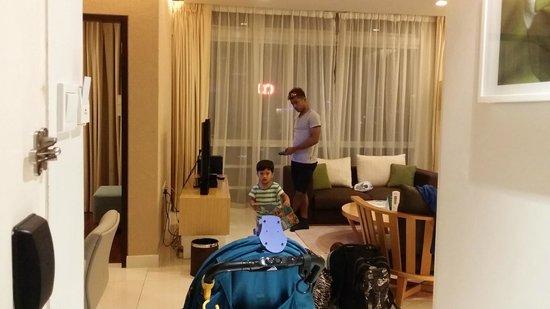 PARKROYAL Serviced Suites Kuala Lumpur: Large spacious living room