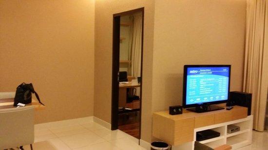 PARKROYAL Serviced Suites Kuala Lumpur: Study room
