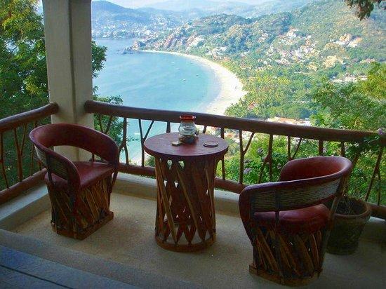 Playa la Ropa: Foto tomada desde uno de los Hoteles en lo alto.