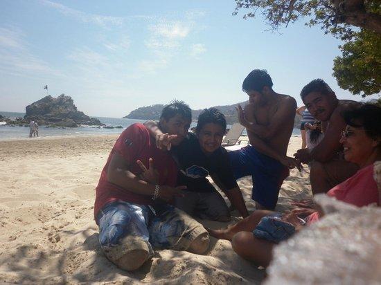 Playa la Ropa: Tarde familiar y con un clima agradable. :D