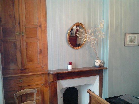 Hotel Beau Site : Chambre