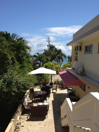 Malecon House: Front view from Buena Vista balcony