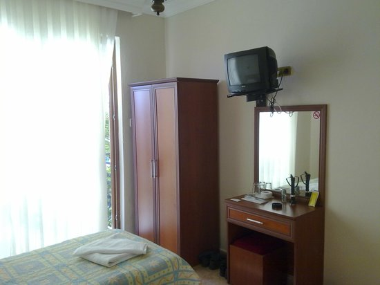 Hotel Kayahan: Номер