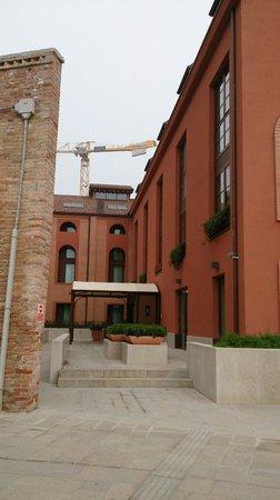 LaGare Hotel Venezia - MGallery by Sofitel : Hotel entrance