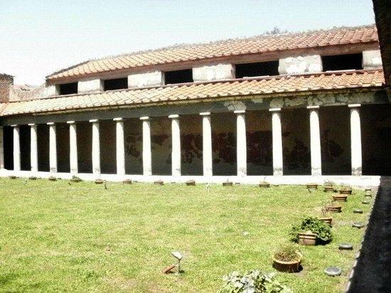 Oplonti Villa di Poppea Ruins: Villa di Poppea esterno