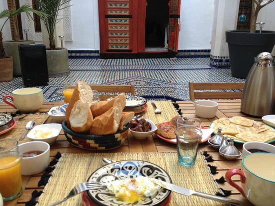 Dar 7 Louyat : Le petit déjeuner
