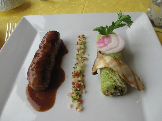 L'Esplanade: Pork main was out of the ordinary, delicious