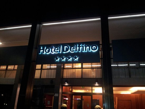 Quality Hotel Delfino Venezia Mestre: Ingresso hotel