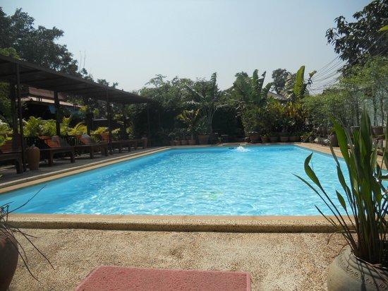 Baan Tebpitak : The pool