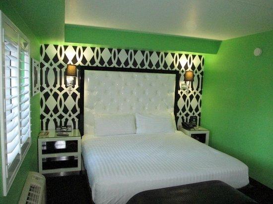 El Cortez Cabana Suites : Bed