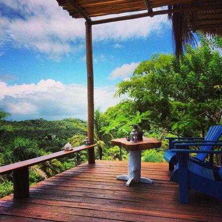 Eco-Pousada Casa Bobo : terraza bungalow