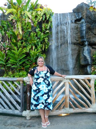 Polynesian Cultural Center: enjoying the day and the views