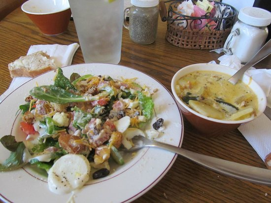 Thee Abbey Kitchen : Salad and soup