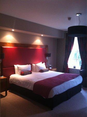 Bannatyne Spa Hotel: Huge bed in room 26