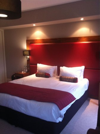 Bannatyne Spa Hotel: Huge bed in room 26