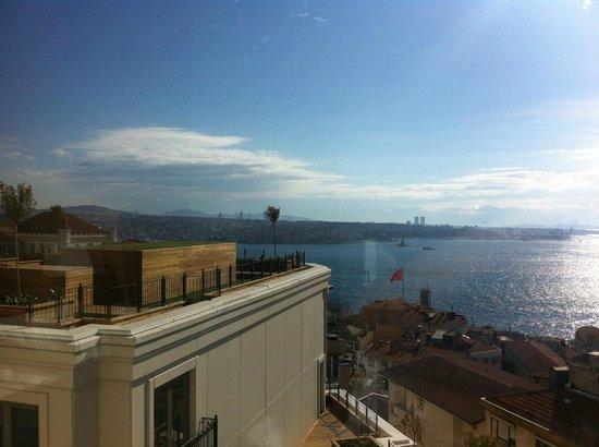 CVK Park Bosphorus Hotel Istanbul: вид из номера