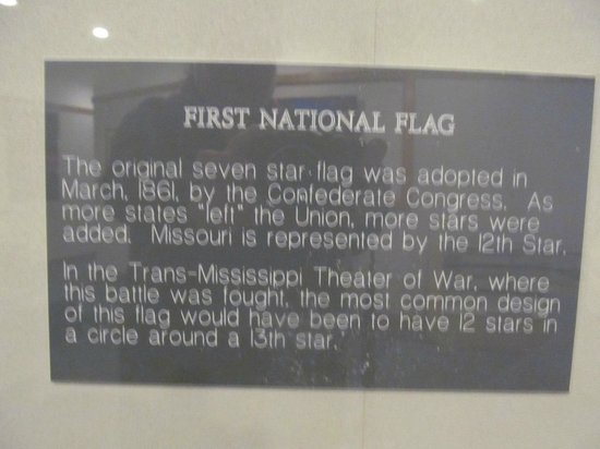 Fort Davidson State Historic Site: flag