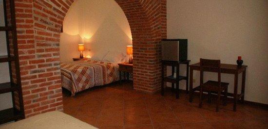 Hotel Posada Giana: Cuádruple sin balcón