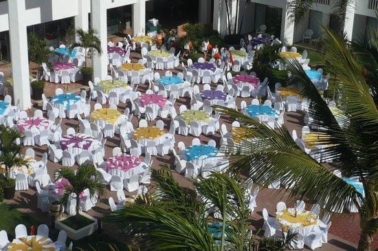 Marival Resort & Suites: Fiesta Night