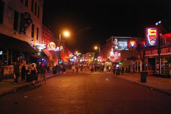 Beale Street: panorama