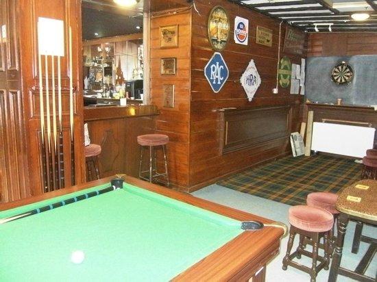 Richmond Arms Hotel : public bar