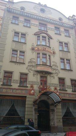 K+K Hotel Central: Vue de la rue